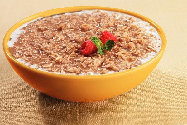 Bột yến mạch sữa chua dâu tây cho bé ăn dặm thời kì kamikami