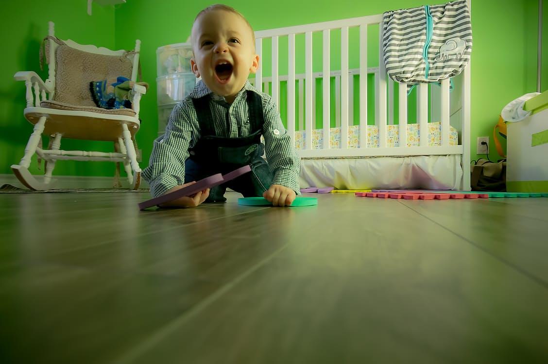đồ chơi bằng gỗ cho bé