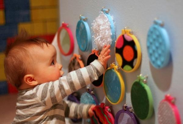Trẻ giai đoạn từ 0-3 tuổi nên chơi gì? - Dạy con kiểu nhật
