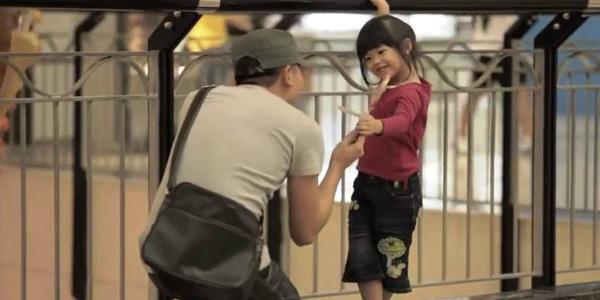 Dạy trẻ kỹ năng sống giúp trẻ ứng phó với người lạ