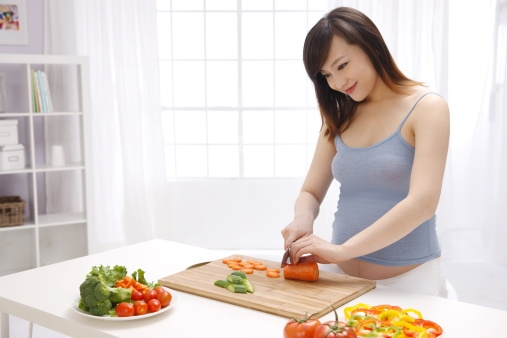 Bà bầu nên ăn gì khi mang thai 3 tháng đầu?