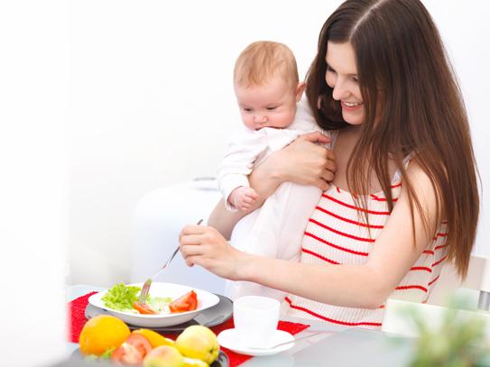 Những điều các mẹ cần chú ý sau khi sinh con