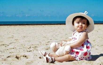 Bảo vệ bé khỏi ánh nắng trực tiếp