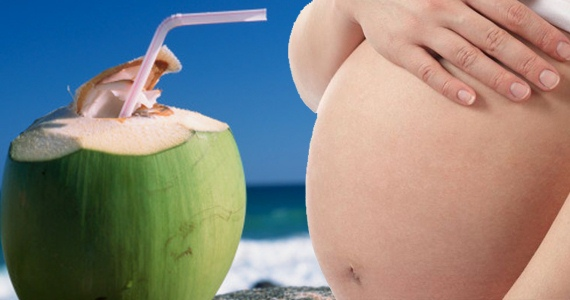 Uống nước dừa tốt cho phụ nữ thời kỳ thai nghén là quan niệm sai lầm