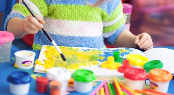 5 trò chơi giúp phát triển IQ cho trẻ 1-3 tuổi
