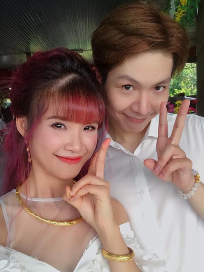 Các sao Việt phản ứng dữ dội khi Khởi My và Kelvin Khánh làm lễ đính hôn.