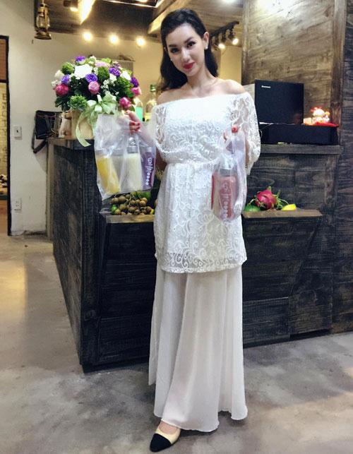 Thời trang sao Việt tuần qua: Thu Minh bị chê style xấu
