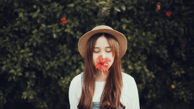 Sự khác biệt khi yêu của một cô gái khôn ngoan và cô gái dại khờ