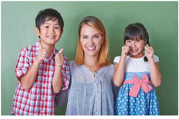 Mách các mẹ thời điểm thích hợp cho trẻ học tiếng Anh