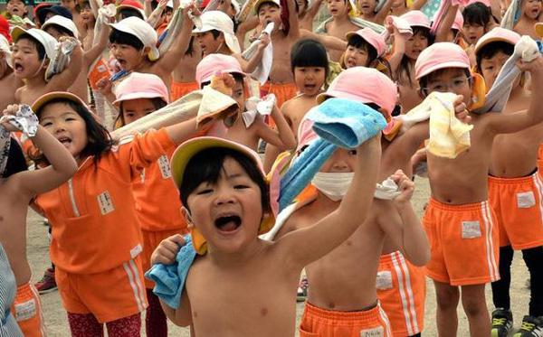 Mách bạn cách người Nhật rèn luyện sức khỏe cho trẻ