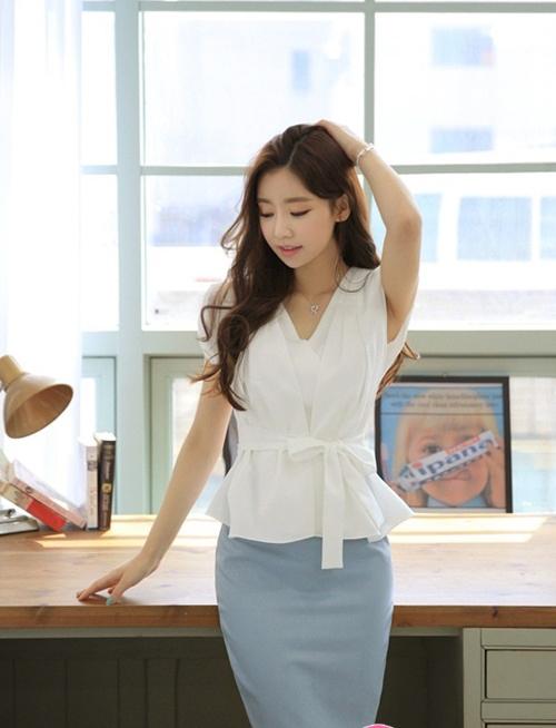 Gợi ý mix and match đồ trắng cho cô nàng công sở thêm sành điệu