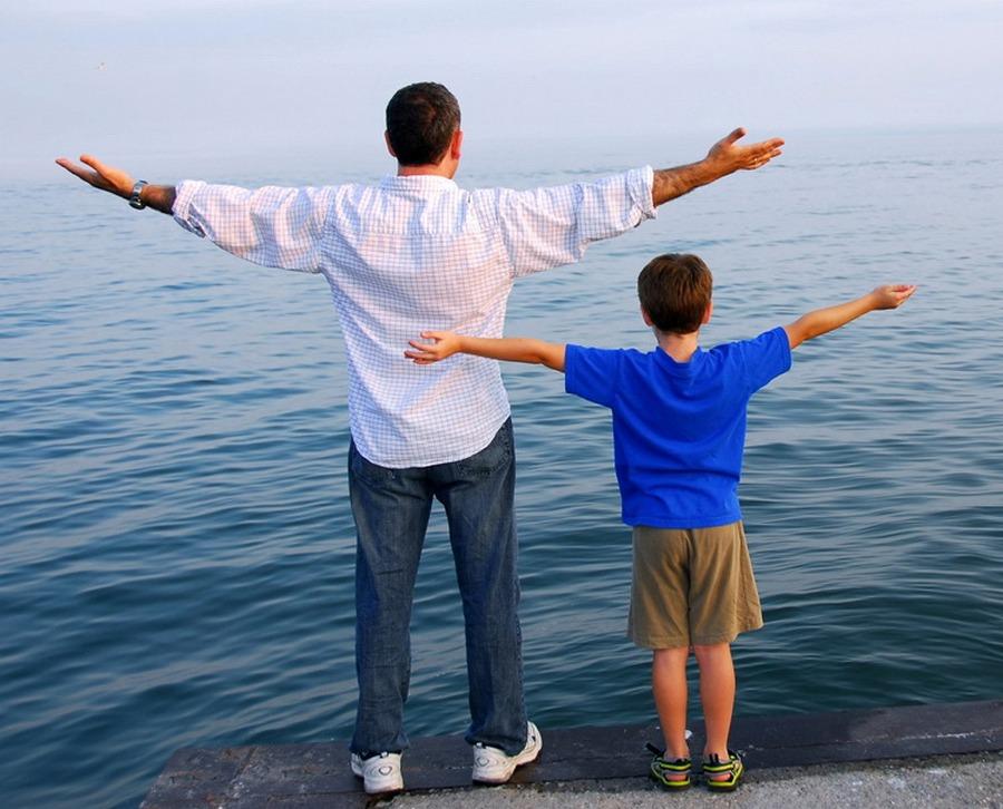 9 câu chuyện ngắn và bài học dạy con sâu sắc dành cho các ông bố bà mẹ
