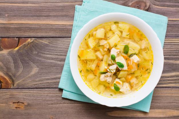 nấu súp gà khoai tây