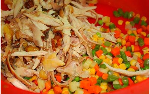 Trổ tài làm món xôi bọc gà chiên giòn cho cả nhà thưởng thức