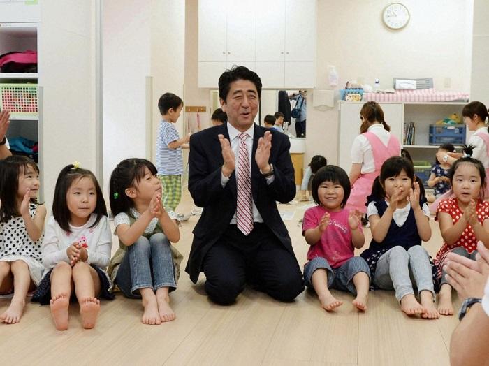 Phương pháp dạy con của người Nhật giúp trẻ rèn luyện sự tự tin