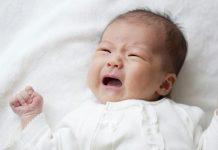 7 lý do trẻ khóc và cách xoa dịu trẻ.