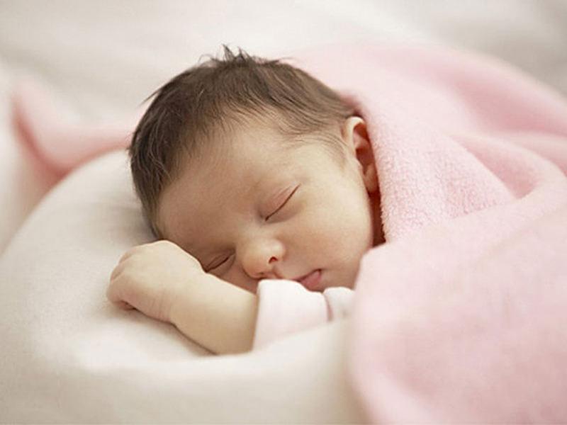 Biến đổi 12 tháng đầu đời của trẻ