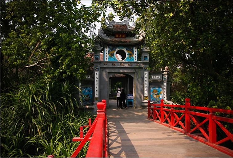 Ngôi đền Ngọc Sơn ở Hồ Hoàn Kiếm