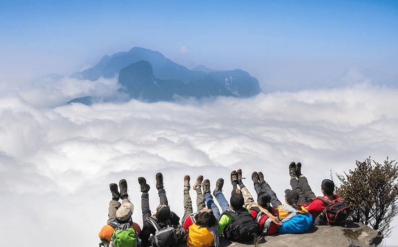 Tiên cảnh mây trên đỉnh Hàm Rồng