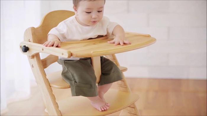 Ghế ăn dặm gỗ