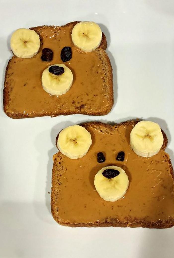 Gấu teddy từ bơ đậu phộng, chuối, và nho khô