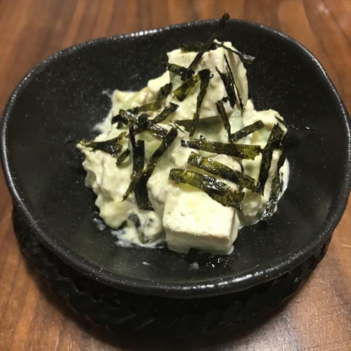 salad bơ và đậu hũ