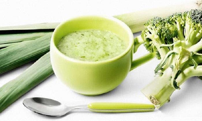 cháo hàu nấu với bông cải xanh