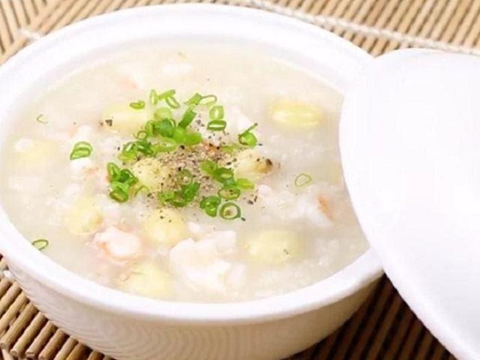 Món cháo lươn hạt sen giúp trẻ tăng cân
