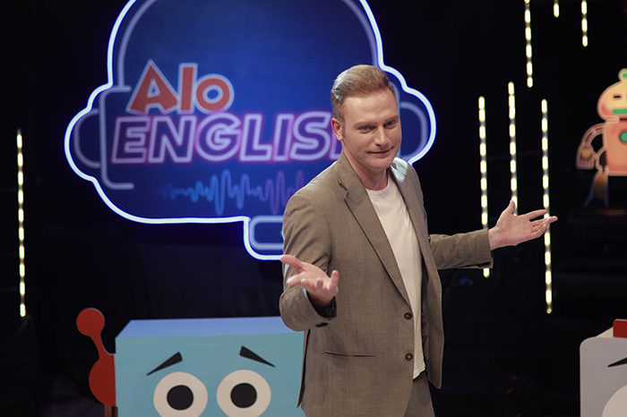 game show aloenglish và ca sĩ kyo york