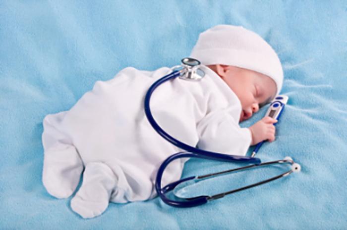 Nguyên nhân gây ra trẻ sơ sinh bị sốt