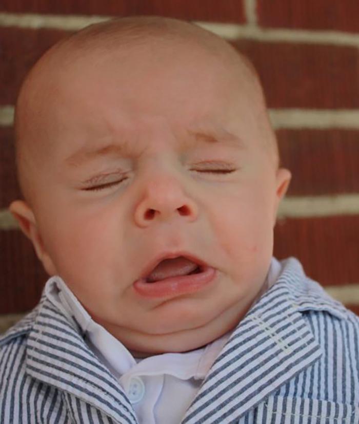 nguyên nhân làm trẻ sơ sinh bị nghẹt mũi