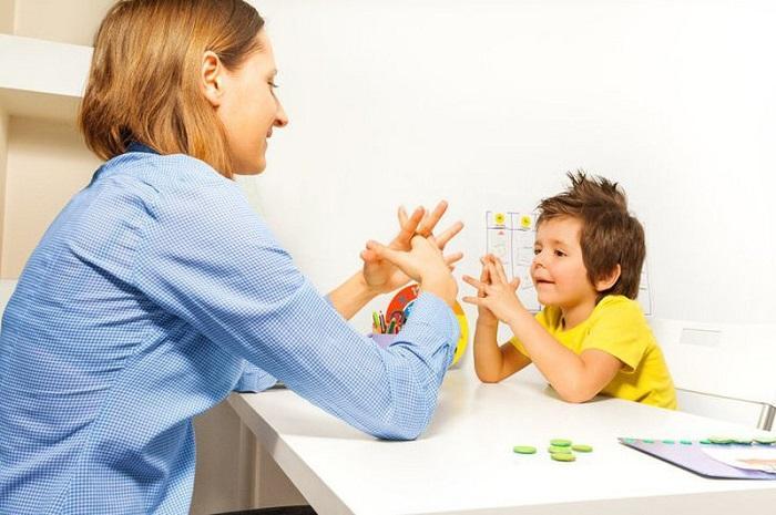 phương pháp dạy trẻ tự kỷ